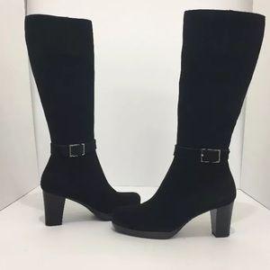 La canadienne Black Suede Waterproof  Boots 9.5 M